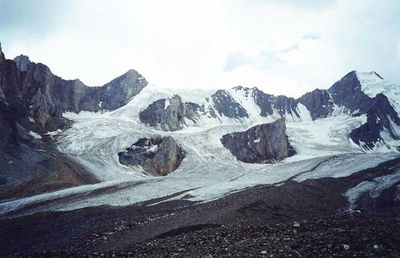 Basho Sarfulisa Glacier